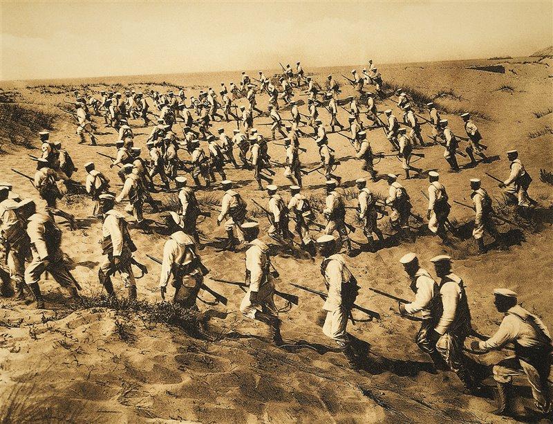 In questa cartolina propagandistica dell'epoca, le truppe italiane sbarcano a Tripoli nel 1911 dando inizio alla Guerra italo-turca
