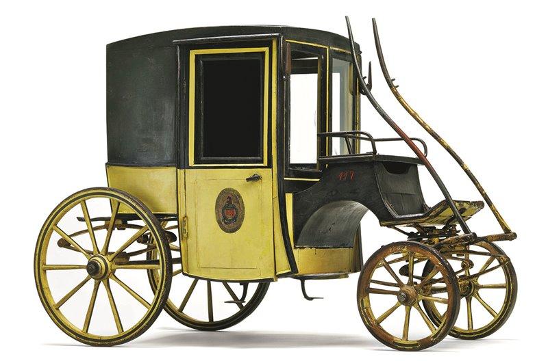 Coupé o Fiacre risalente alla fine del XIX secolo di proprietà della compagnia di carrozza parigina L'Urbaine