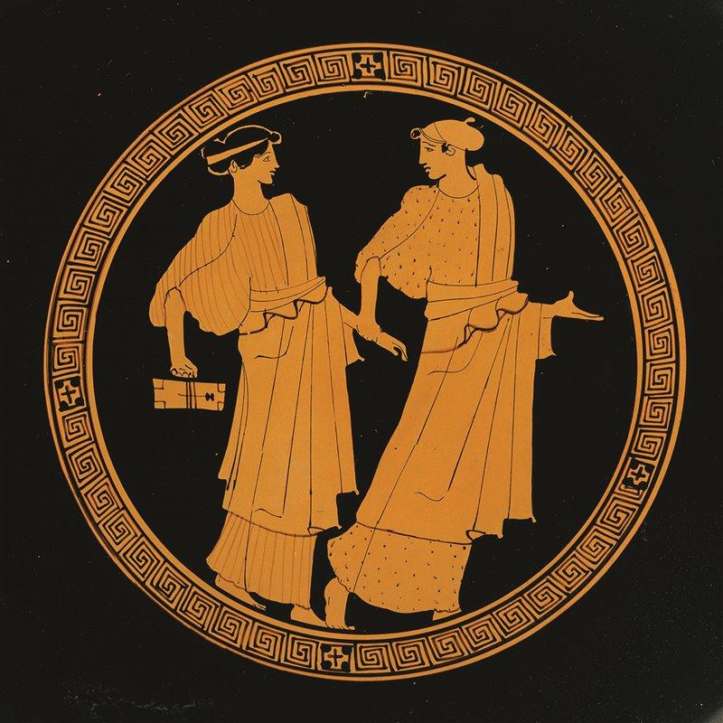 Una figura femminile (forse una pedagoga) accompagna a scuola una ragazza che regge con una cordicella una tavoletta di legno ricoperta di cera